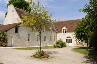 Bed and breakfast on the land of elegant chateaux in the Loire valley in France.